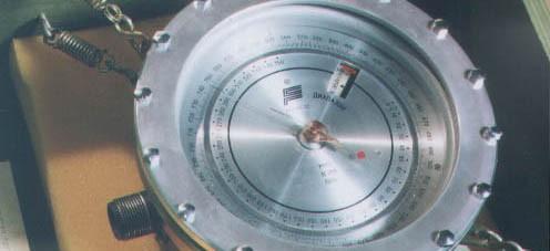 Барометр-анероид М-110