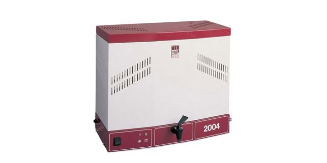 Дистиллятор GFL-2004: производительность 4 л/ч, объем накопителя 8 л
