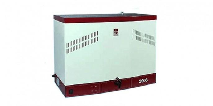 Дистиллятор GFL-2008: производительность 8 л/ч, объем накопителя 16 л