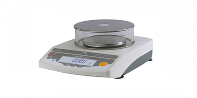 Весы лабораторные электронные СЕ323-С