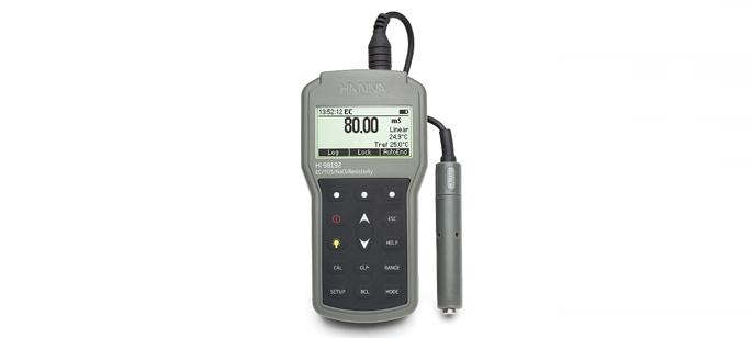 HI98192 влагозащищенный портативный кондуктометр/TDS/NaCl-метр с измерением удельного сопротивления